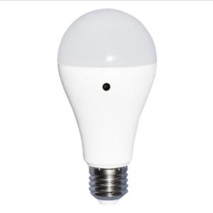 Λάμπα LED E27 A60 SMD 9W Φυσικό λευκό 4000K Λευκό με αισθητήρα μέρας-νύχτας